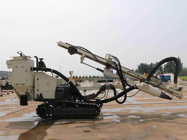 SD150F Surface DTH Drilling Rig