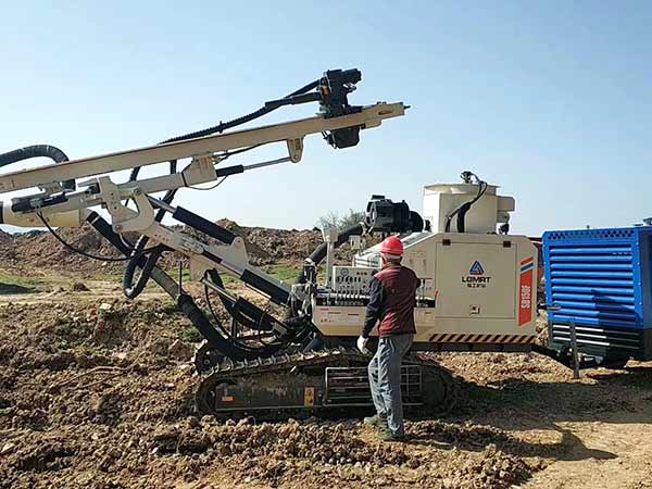 SD150 Surface DTH Drilling Rig