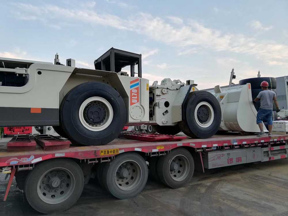 What is the difference between the Diesel LHD Underground Loader and Electrical One